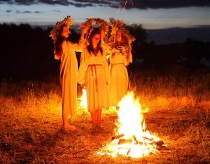 Незмінним атрибутом літнього обрядового циклу залишається свято Купала