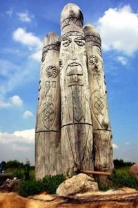 Перунів Ідол на Лисій горі поблизу Києва