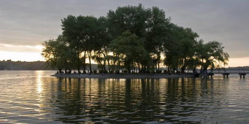 Острів закоханих у Тернополі