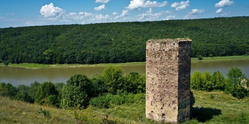 Раковецький замок (Замок Беневського)