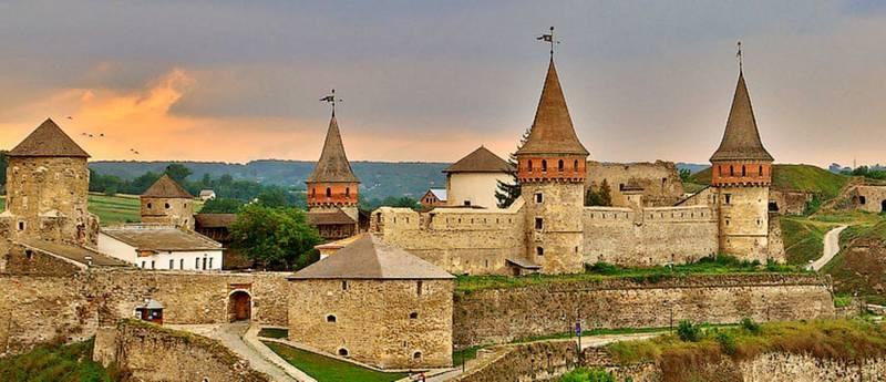 Стара фортеця (Кам'янець-Подільський державний історичний музей-заповідник)