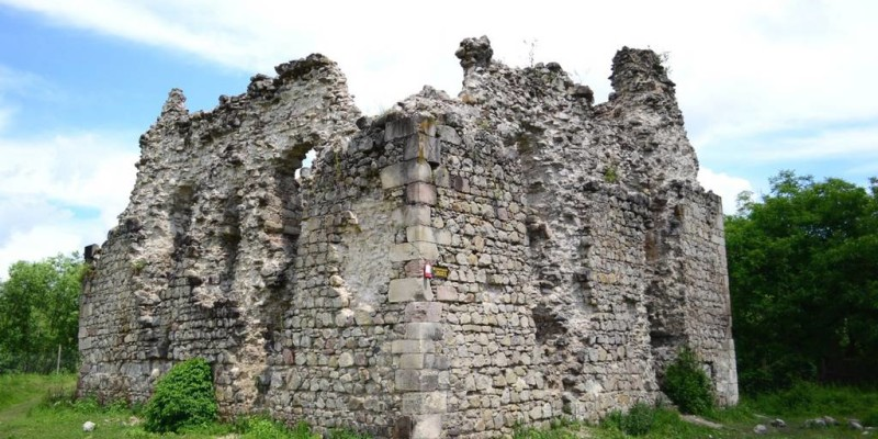 Середнянський замок – єдиний замок тамплієрів в Україні