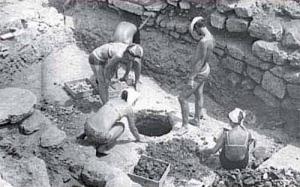 Археологічні розкопки Антонієвих печер