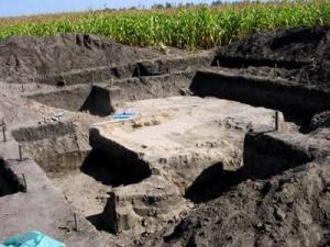 Гелон (Більське городище). Розкопки