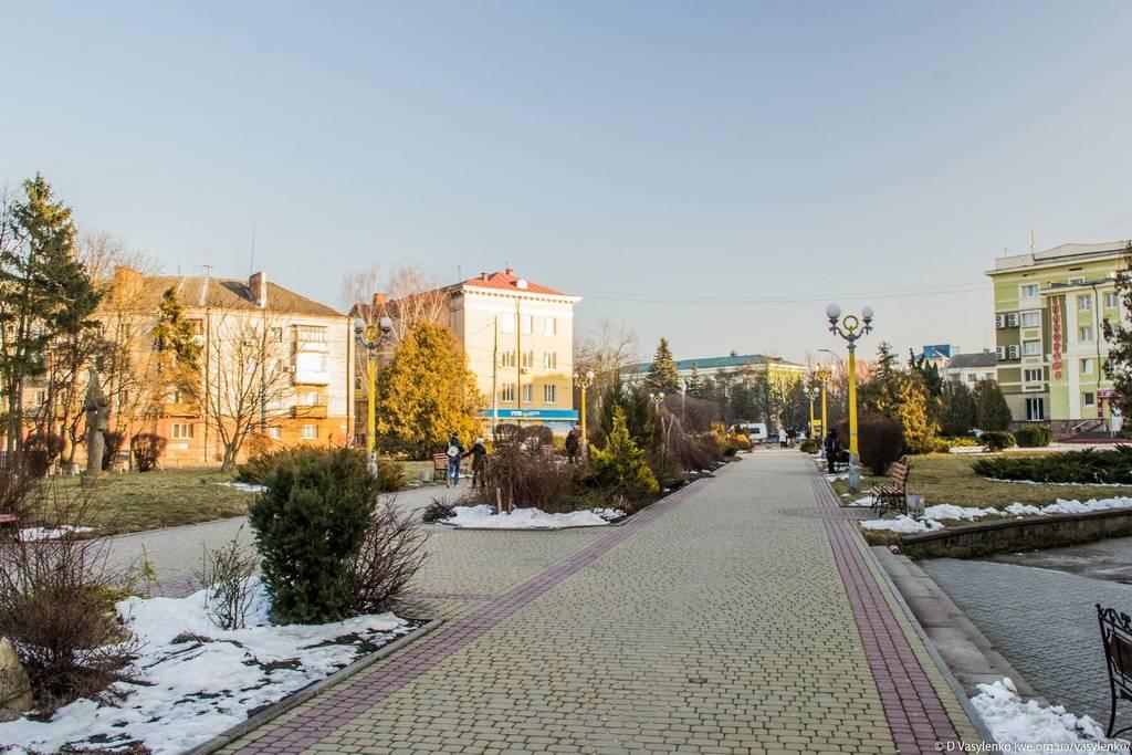 Біля Тернопільского замку