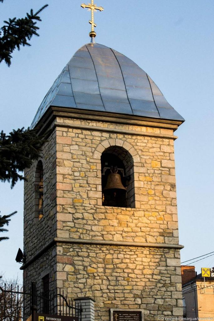 Нова дзвіниця Воздвиженської церкви
