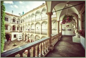 Італійський дворик (3)