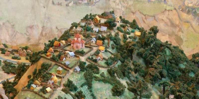 Що ми знаємо про середньовічну забудову Замкової гори?