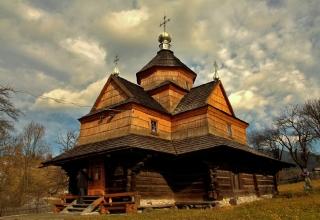 Дерев'яний храм Різдва Богородиці, смт. Ворохта