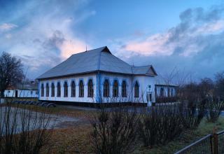 Земська школа в селі Млини